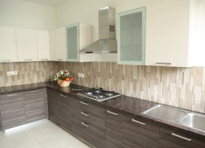 WESTREN WOODS - KITCHEN